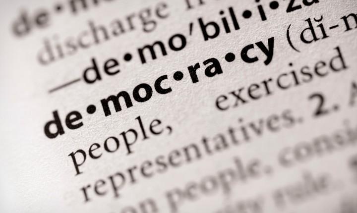 Šta je demokratija?